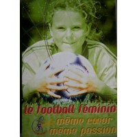 Lot de 50 cartes postales Le Football Féminins même coeur...