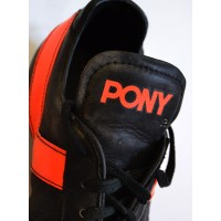 Ancienne Paire de Crampons PONY FIFA Noir/orange pointure 45
