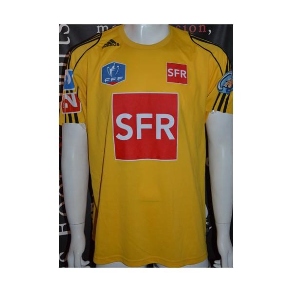3123fc383086 Maillot ADIDAS Climalite Coupe de France porté N°8 taille XL jau ...