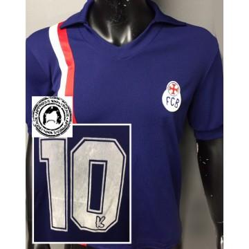 Ancien Maillot FCB BARCELONE porté N°10 exterieur