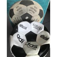 Ancien Veritable Ballon ADIDAS en cuir official CHELSEA avec boite année 70
