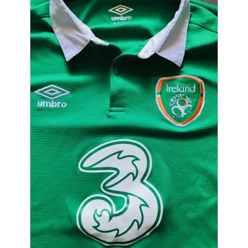 Maillot Equipe Nationale IRELAND taille S UMBRO